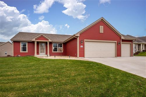 Photo of W207N17400 Parkview DR, Jackson, WI 53037 (MLS # 1669400)