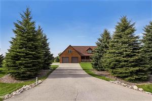 Photo of 4726 Faith Ln, West Bend, WI 53095 (MLS # 1857401)