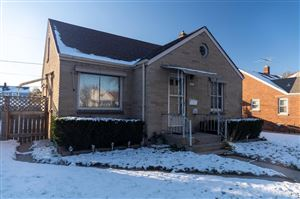Photo of 3425 S Chase Ave, Milwaukee, WI 53207 (MLS # 1667403)