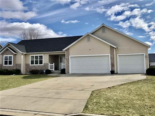Photo of 1475 Chadsworth Dr, Sun Prairie, WI 53590 (MLS # 1880403)