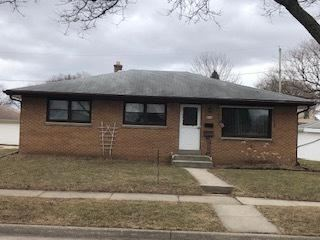 Photo of 2426 S 96th St, West Allis, WI 53227 (MLS # 1682408)