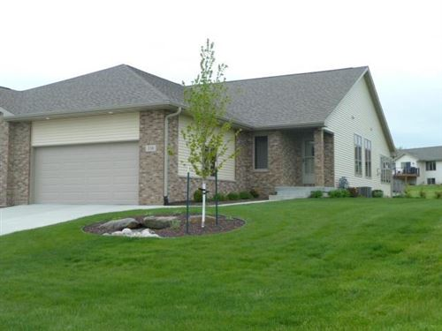 Photo of 216 Heritage Dr, Fort Atkinson, WI 53538 (MLS # 1638409)