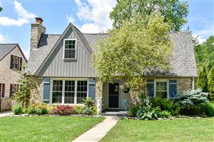 Photo of 2537 N 81st St, Wauwatosa, WI 53213 (MLS # 1647409)