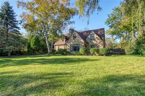 Photo of 626 W Fairy Chasm Rd, Bayside, WI 53217 (MLS # 1663410)
