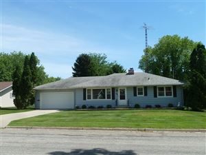 Photo of 817 N Fourth St, Fort Atkinson, WI 53538 (MLS # 1645413)