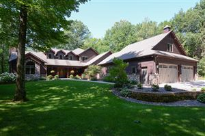 Photo of 781 Valley Forge Dr, Slinger, WI 53086 (MLS # 1622414)