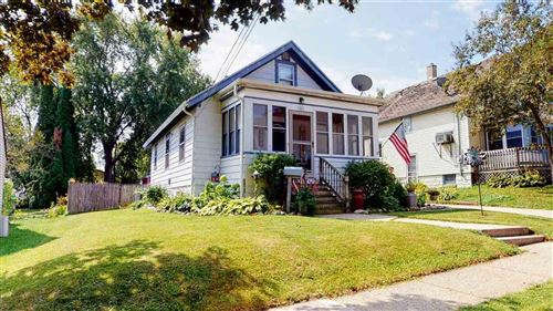 Photo of 1307 Ruth St, Watertown, WI 53094 (MLS # 1889415)
