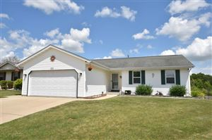 Photo of 1515 Meridian Ave, West Bend, WI 53095 (MLS # 1648422)