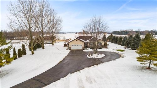 Photo of 4055 Mayfield Rd, Jackson, WI 53037 (MLS # 1673424)