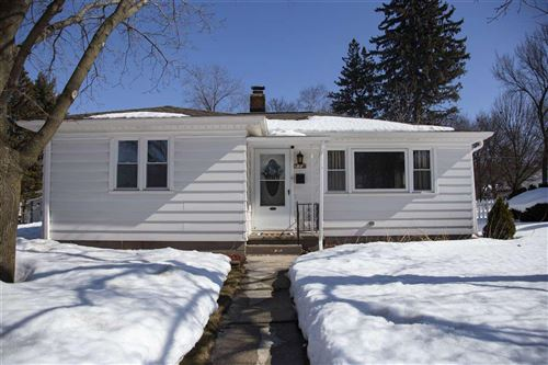 Photo of 77 N Greenfield Ave, Waukesha, WI 53186 (MLS # 1903426)