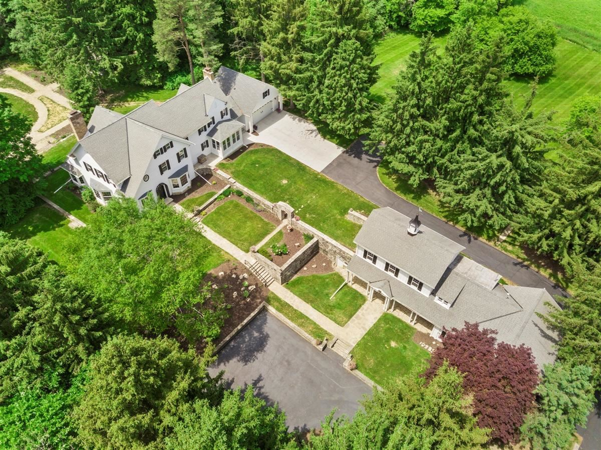8414 W County Line Rd, Mequon, WI 53097 - MLS#: 1677430