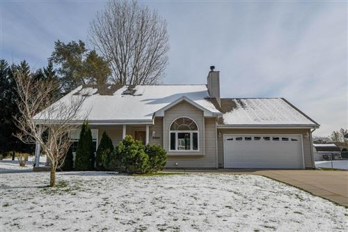 Photo of 7820 S Clement AVE, Oak Creek, WI 53154 (MLS # 1667434)