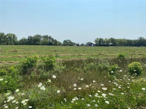 Photo of Lot 2 S Warlance Ln, Janesville, WI 53546 (MLS # 1915435)