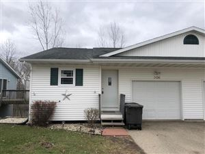 Photo of 306 W Stiel St, Jefferson, WI 53549 (MLS # 1631437)