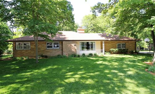 Photo of 4532 W Upham Ave, Greenfield, WI 53220 (MLS # 1694437)