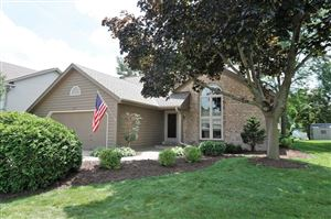Photo of 4215 S Regal Manor Dr, New Berlin, WI 53151 (MLS # 1646442)