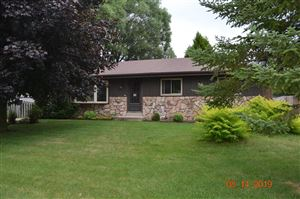 Photo of 3505 18th Ave, South Milwaukee, WI 53172 (MLS # 1654446)