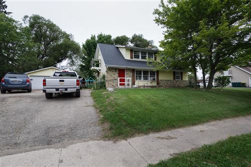 Photo of 861 S Wilson Ave #863, Hartford, WI 53027 (MLS # 1751447)