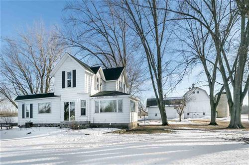 Photo of N2398 Rock River Rd, Fort Atkinson, WI 53538 (MLS # 1874447)