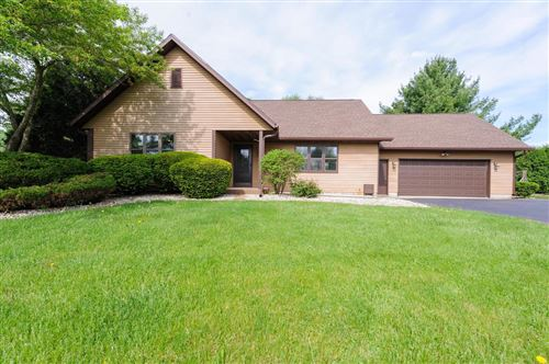 Photo of 715 Torrey Pines Dr, Twin Lakes, WI 53181 (MLS # 1691449)
