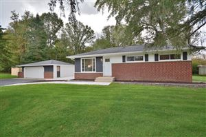 Photo of 5450 S Williams Rd, New Berlin, WI 53146 (MLS # 1664451)