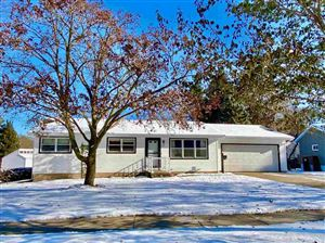 Photo of 10 Vermont Circle, Madison, WI 53704 (MLS # 1872451)