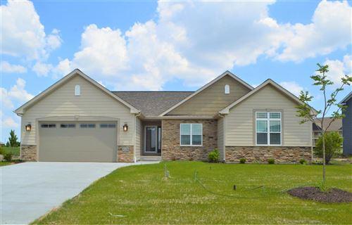 Photo of 8109 Ridgeway Ct, Pleasant Prairie, WI 53158 (MLS # 1697452)