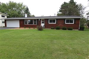 Photo of 128 Knoll Rd, Walworth, WI 53184 (MLS # 1650457)