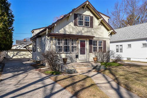 Photo of 4929 N Hollywood Ave, Whitefish Bay, WI 53217 (MLS # 1730460)