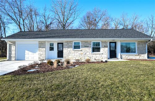 Photo of 6709 S North Cape Rd, Franklin, WI 53132 (MLS # 1672461)