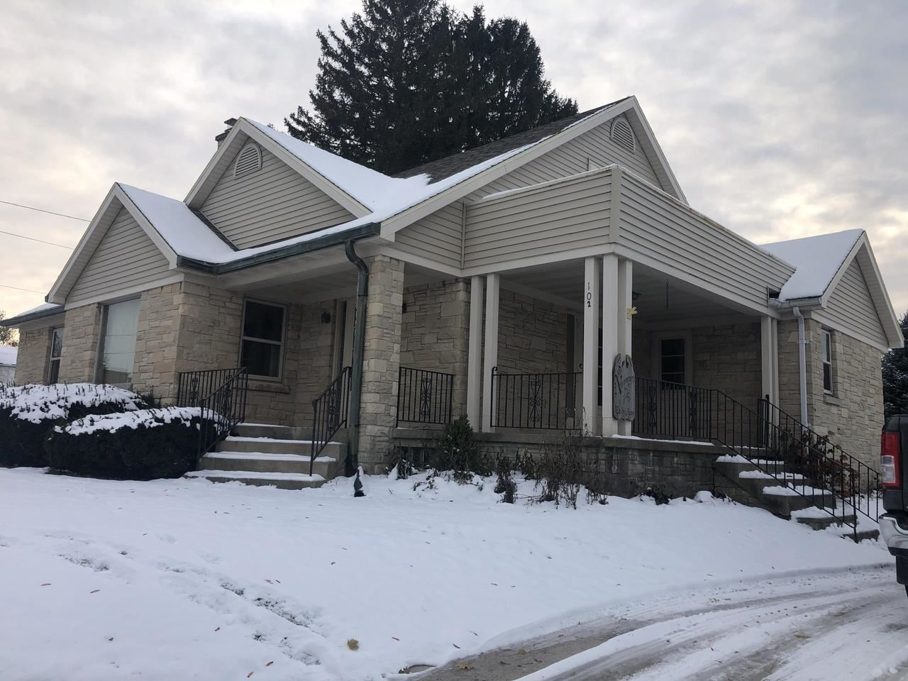 102 S 4th Ave, Saint Nazianz, WI 54232 - MLS#: 1667461