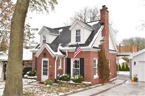 Photo of 716 N 114th St, Wauwatosa, WI 53226 (MLS # 1666463)