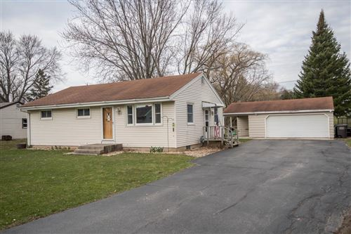 Photo of 8785 S 79th St, Franklin, WI 53132 (MLS # 1682463)