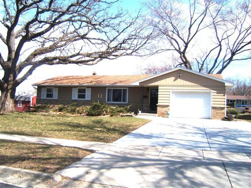 Photo of 1111 Grove St, Fort Atkinson, WI 53538 (MLS # 1682464)