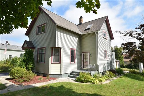 Photo of 1116 12th Ave, Grafton, WI 53024 (MLS # 1659468)