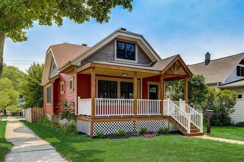 Photo of 904 S 86th St, West Allis, WI 53214 (MLS # 1753470)