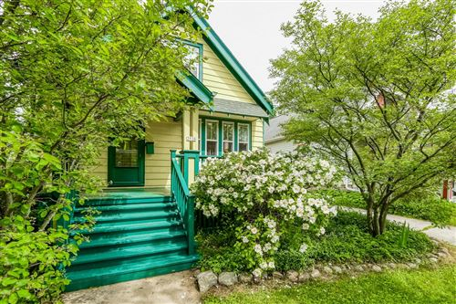 Photo of 3936 N Frederick Ave, Shorewood, WI 53211 (MLS # 1692472)