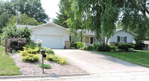 Photo of 812 Clover Ct, Jefferson, WI 53549 (MLS # 1750475)