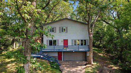 Photo of 2098 Cottage Grove Rd, Cottage Grove, WI 53527 (MLS # 1912479)