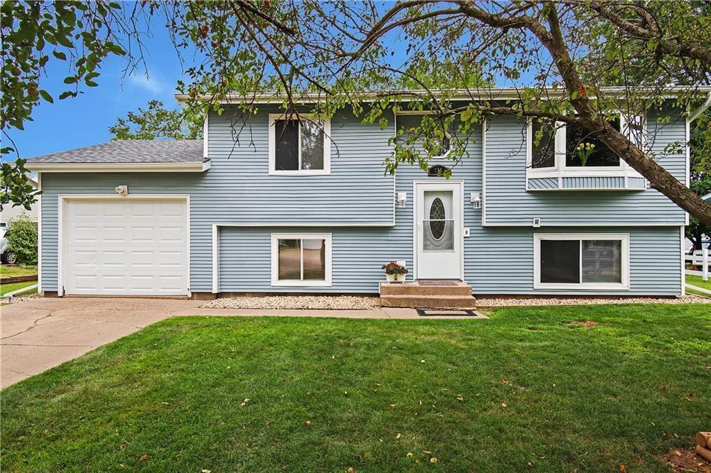 715 Veronica Street, Milwaukee, WI 54729 - MLS#: 1545481