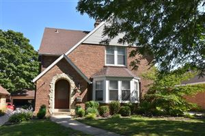 Photo of 178 N 86th St, Wauwatosa, WI 53226 (MLS # 1659483)