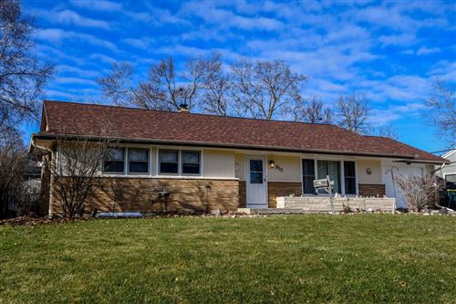 Photo of 910 Beverly Ln, West Bend, WI 53090 (MLS # 1734484)