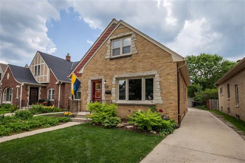 Photo of 5018 N Hollywood Ave, Whitefish Bay, WI 53217 (MLS # 1696485)