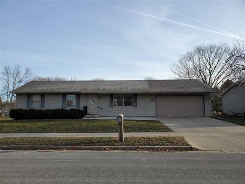 Photo of 505 Hall St, Watertown, WI 53094 (MLS # 1667487)