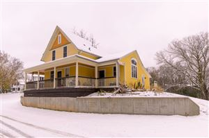 Photo of 1418 Fond Du Lac St, West Bend, WI 53090 (MLS # 1667488)