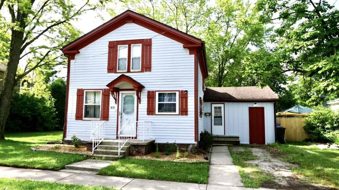 815 11th Ave, Union Grove, WI 53182 - MLS#: 1696488