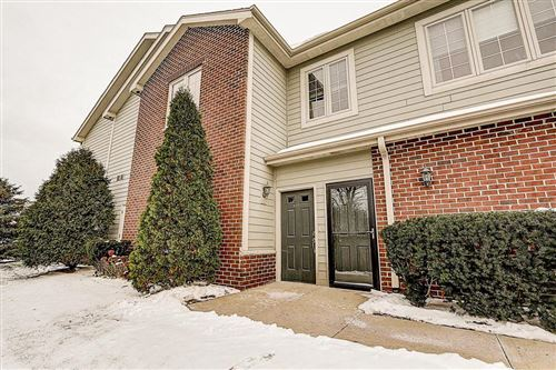 Photo of 4861 S Forest Ridge Dr, New Berlin, WI 53151 (MLS # 1672489)