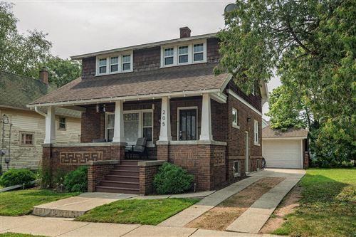 Photo of 205 W Green St, Watertown, WI 53098 (MLS # 1753494)