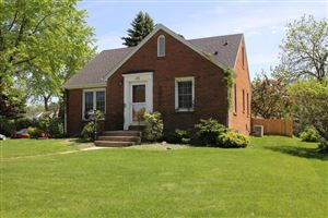 Photo of 601 Elm Ave, South Milwaukee, WI 53172 (MLS # 1640502)