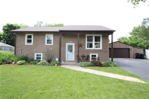Photo of 2008 Highview Ct, Beloit, WI 53511 (MLS # 1862505)